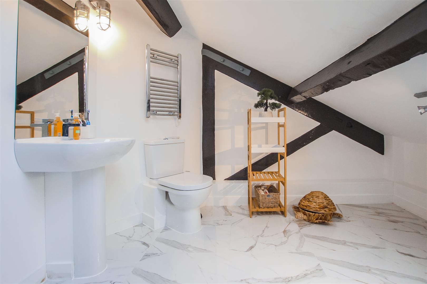 3 Bedroom Duplex Apartment For Sale - Image 47